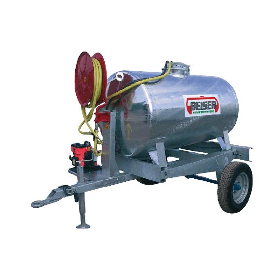 Verzinkter 1250 l-Tank auf Fahrgestell mit Wärmepumpe